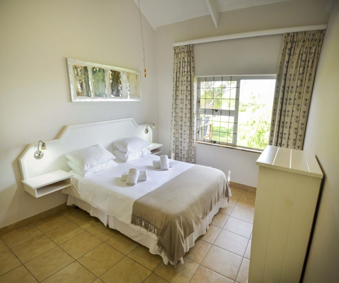 Top Floor Bedroom 1 Addo River View Lodge
