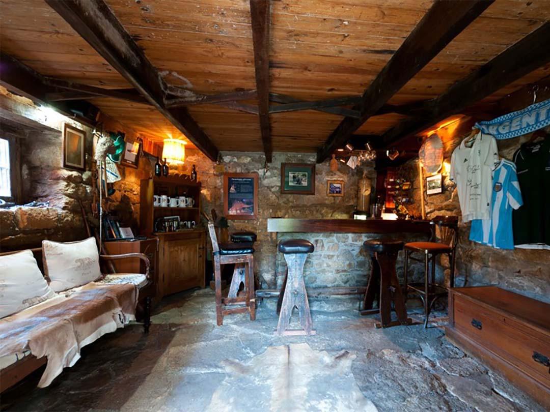 Amakhala_Game_Lodge_Leeuwenbosch_Country_House_Bar_Regular