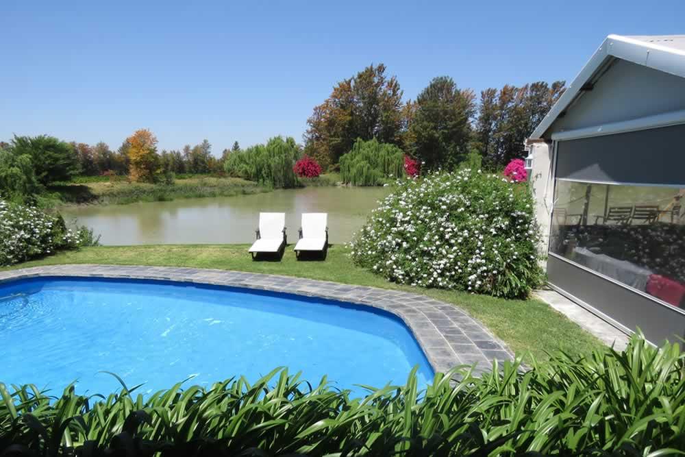 broadlands-pool