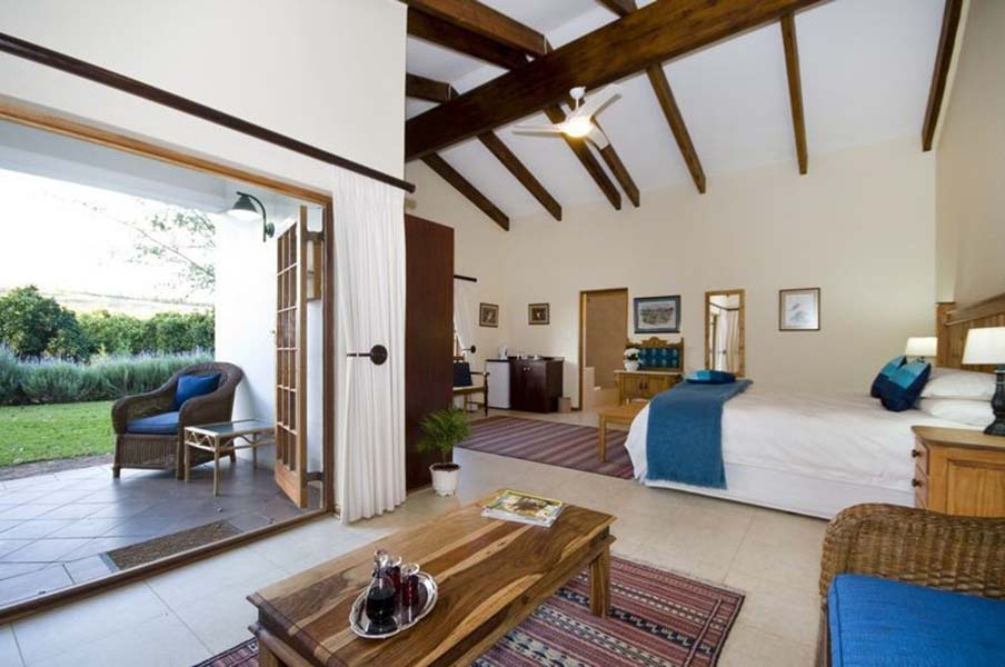 lupus_den_country_house_18