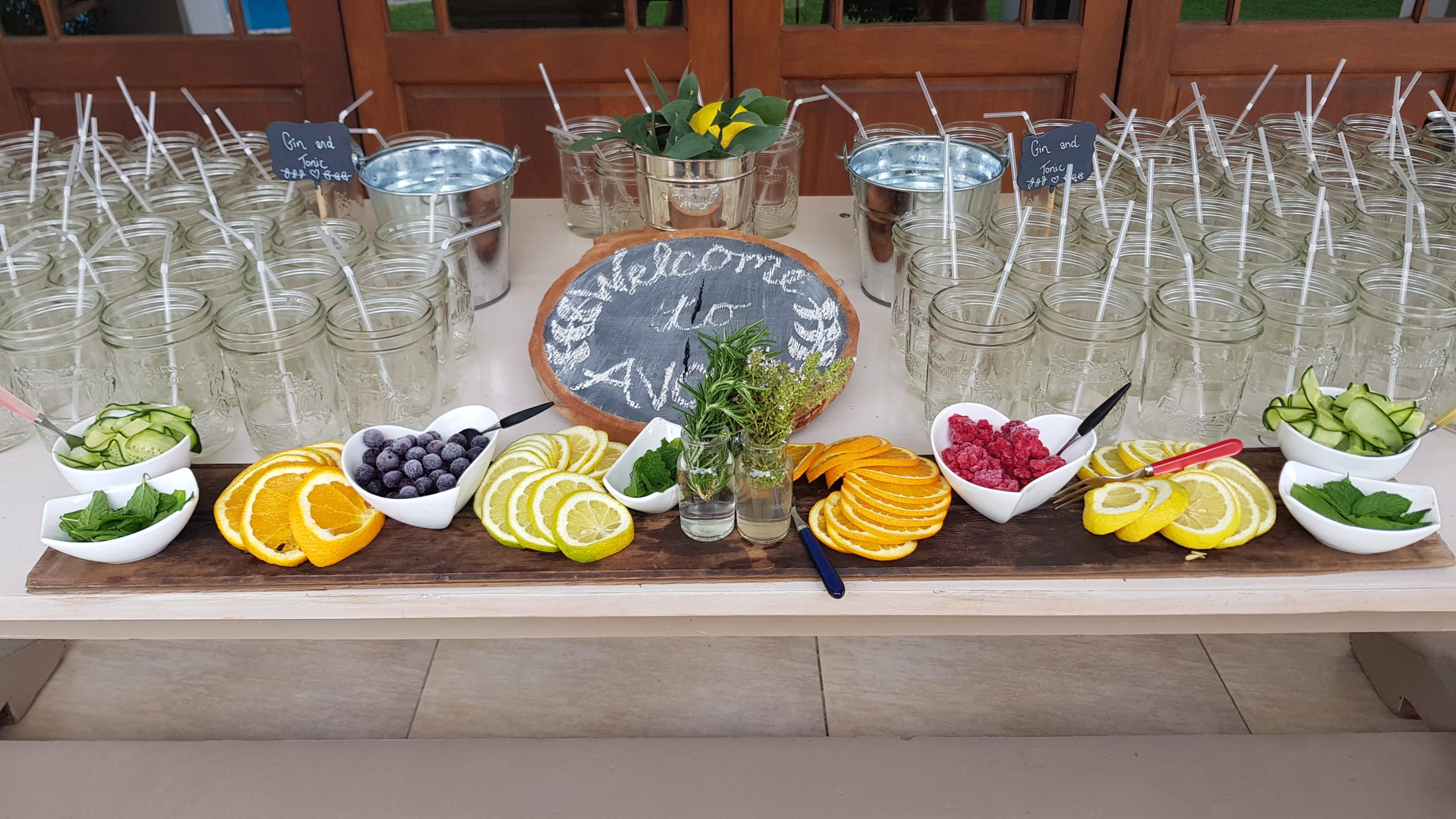Gin Table